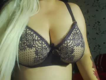 jennylavi02's Recorded Camshow