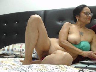 martha-mature bongacams